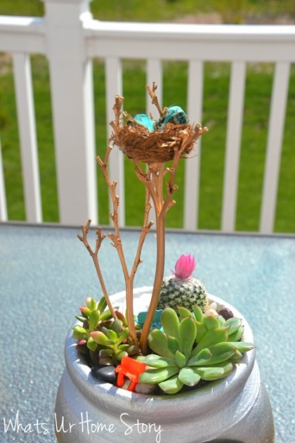 Whats Ur Home Story: Strawberry pot succulent planter tutorial