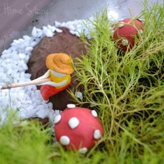 DIY Terrarium, Open jar terrarium, terrarium with clay figurines, air dry clay, diy terrarium, how to make a moss terrarium
