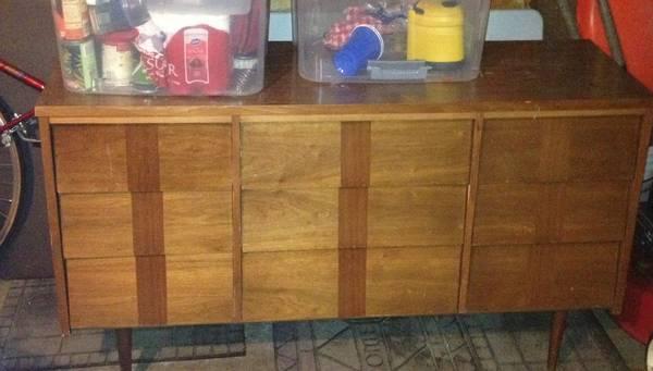craigslist bargains, mid century modern dresser