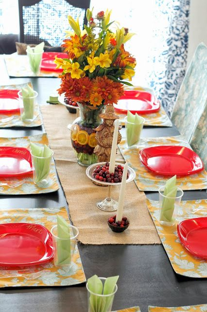 Simple Thanksgiving Table Decorations, simple fall decor, holiday table