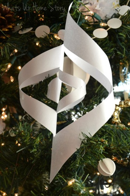 Whats Ur Home Story: Paper Christmas Ornaments, handmade Christmas Ornaments, DIY ornaments, handmade holiday decorations, Paper Ornaments