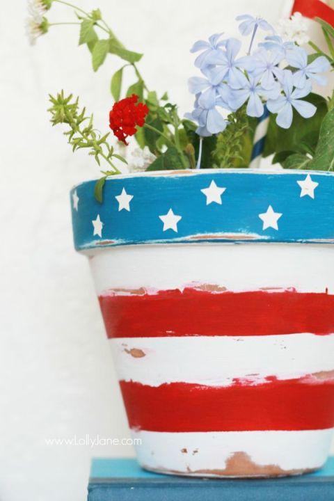 patriotic planter, Simple & Easy Patriotic Decor