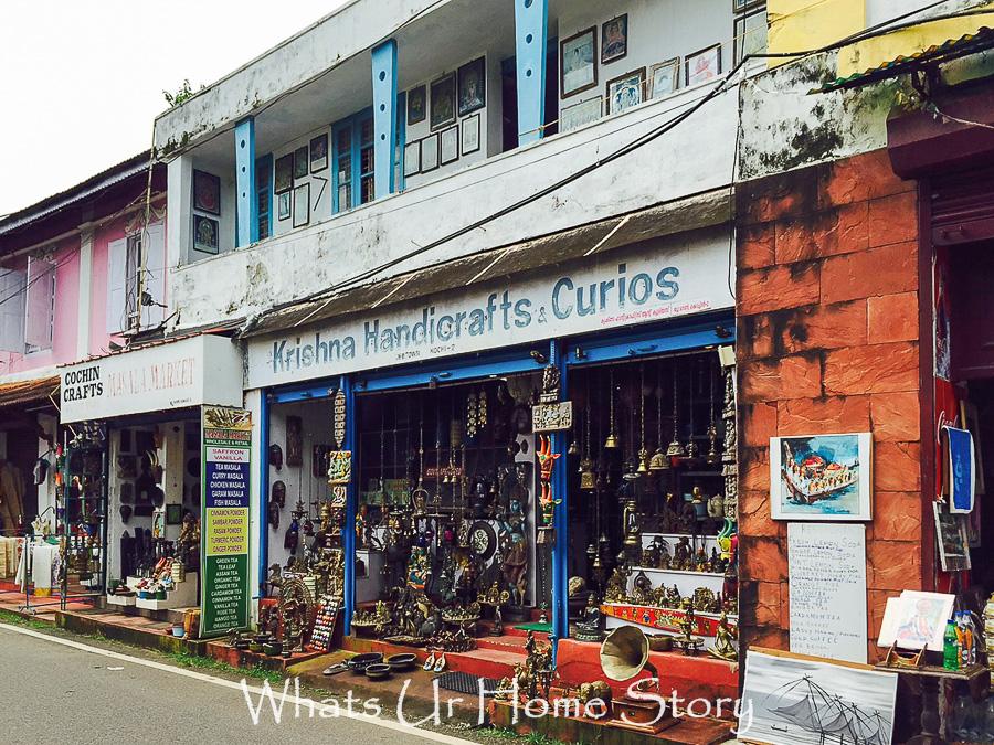 antiquing in Jew town-Kochi