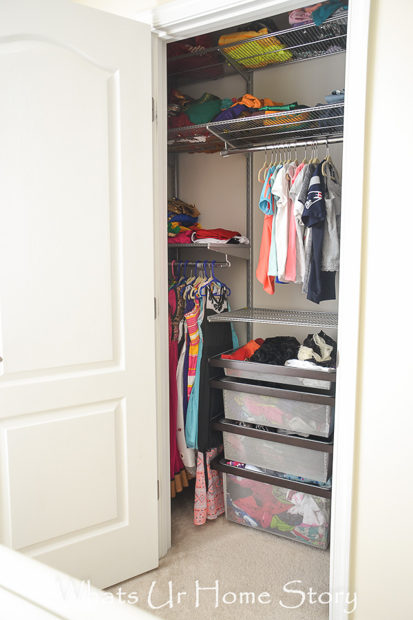 tiny girls room closet makeover with Elfa