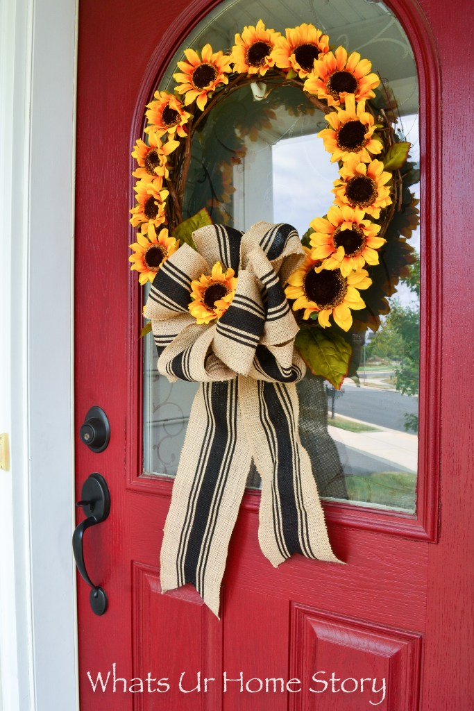 welcome-fall-with-this-super-simple-sunflower-wreath-diy