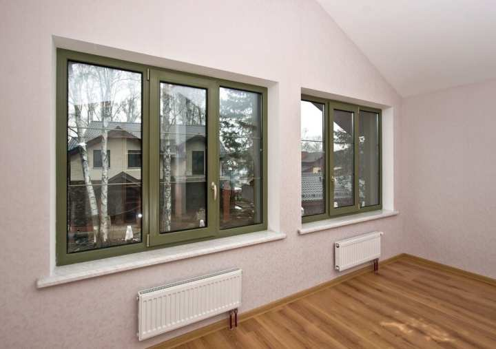 Fiberglass windows with decorative elements