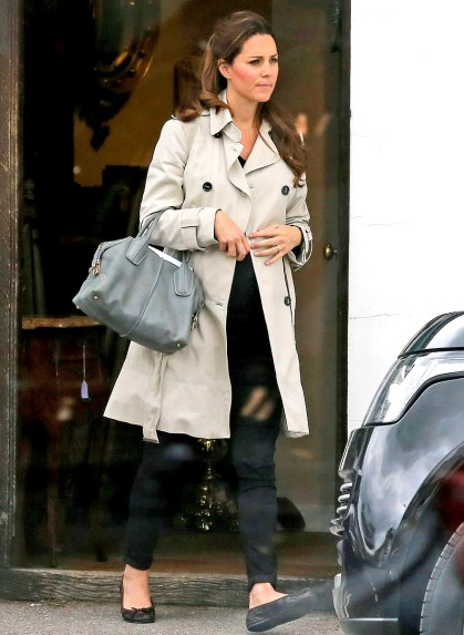 Kate shopping for antiques-pregnant