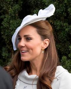 {GIVEAWAY} Kate's Azuni Earrings