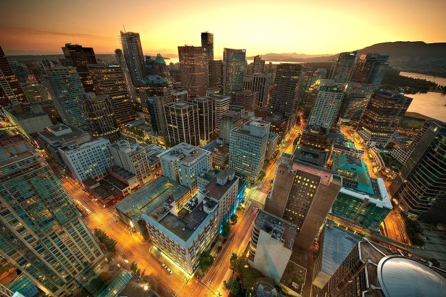 1280px-Downtown_Vancouver_Sunset