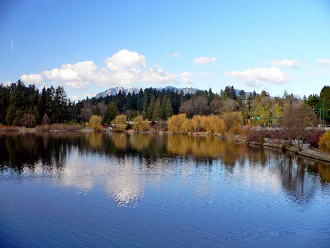 1280px-Stanley_Park_Lagoon