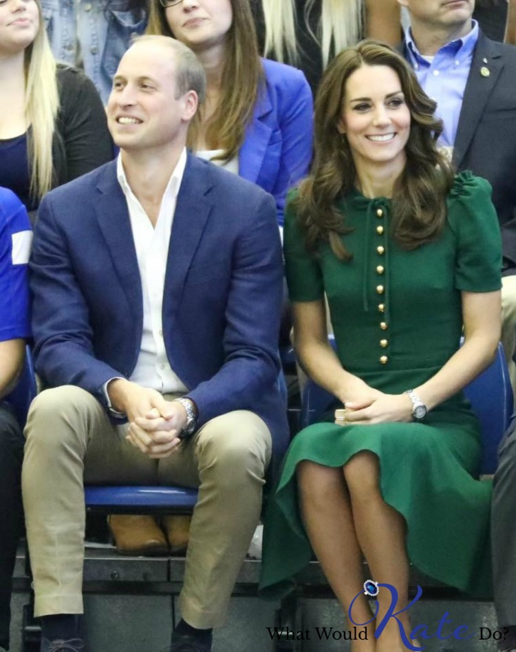 kate-kelowna-dolce-gabbana-dress