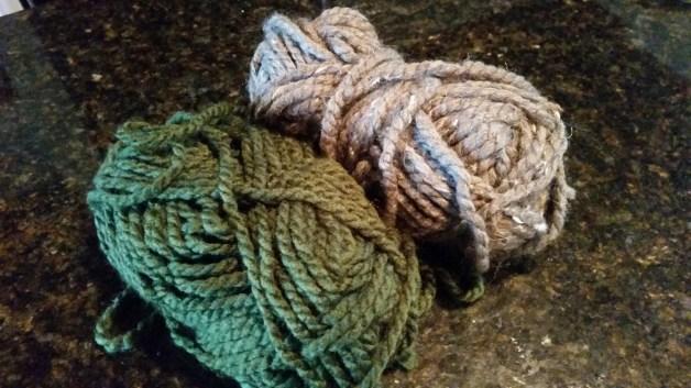 diy-yarn-trim-2