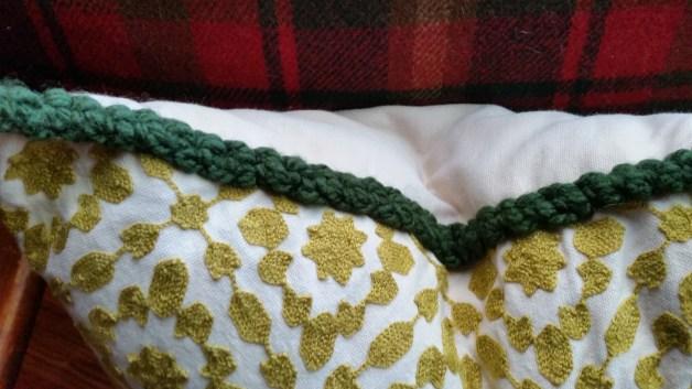 diy-yarn-trim-5