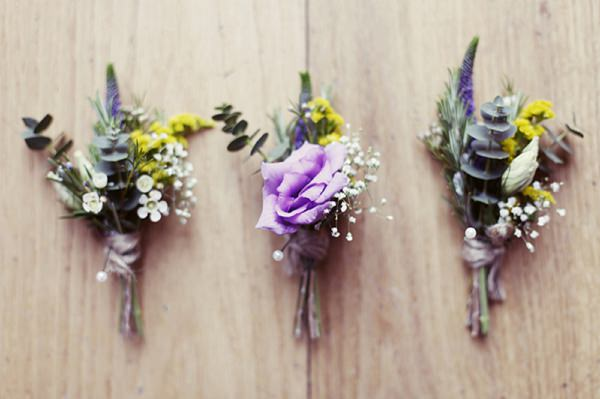 natural pretty buttonholes