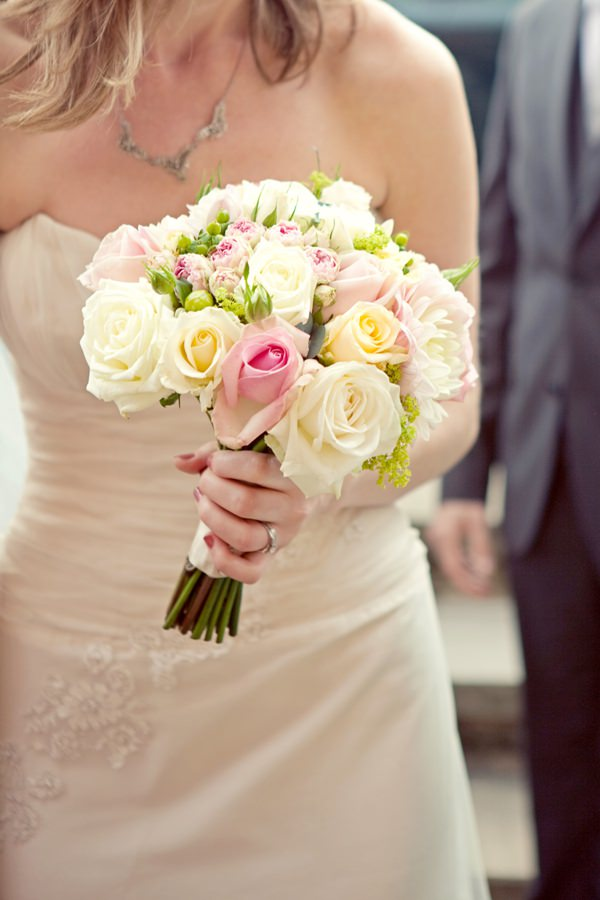pink yellow rose bouquet
