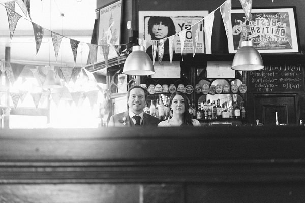 london pub wedding © babbphoto-77