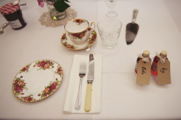 vintage china wedding http://www.rebeccadouglas.co.uk/blog/