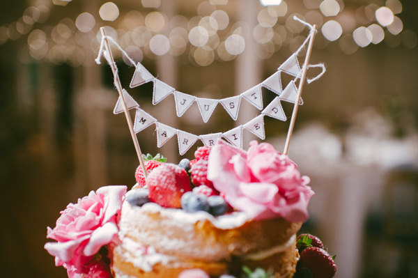 Naked Cake Bunting Topper Stylish Party Wedding on a Ship http://www.lisadevinephotography.co.uk/