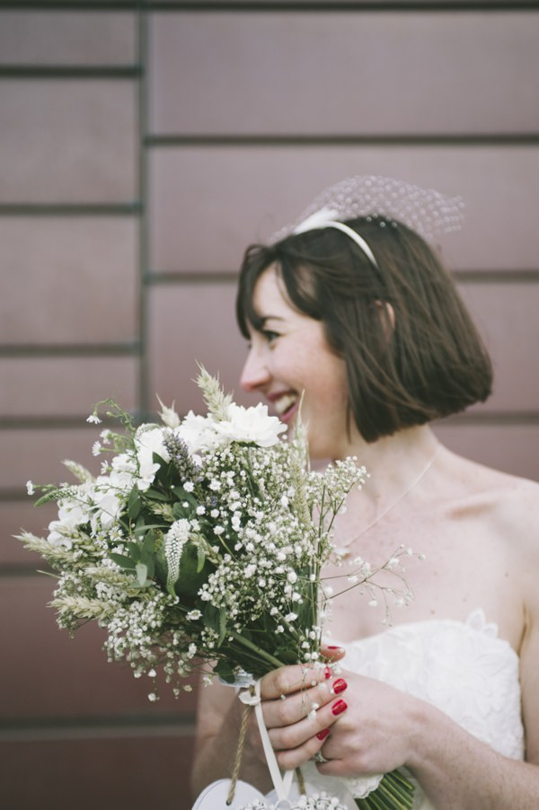 Natural White Bouquet Fun Quirky 1950s Wedding http://www.petecranston.com/