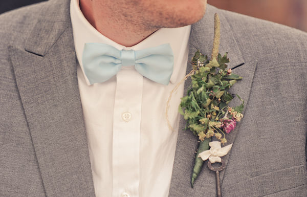 DIY Buttonhole Natural Bohemian Vegan Yurt Wedding http://www.ctimages.co.uk/