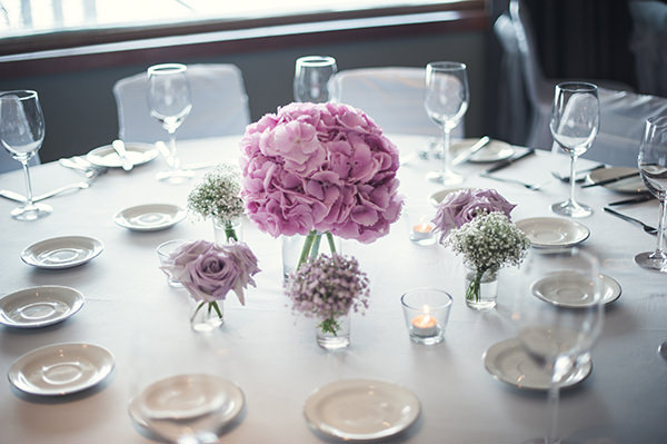 Hydrangea Centrepiece Pink & Blue Seaside Wedding http://www.samwilliamsonphoto.co.uk/