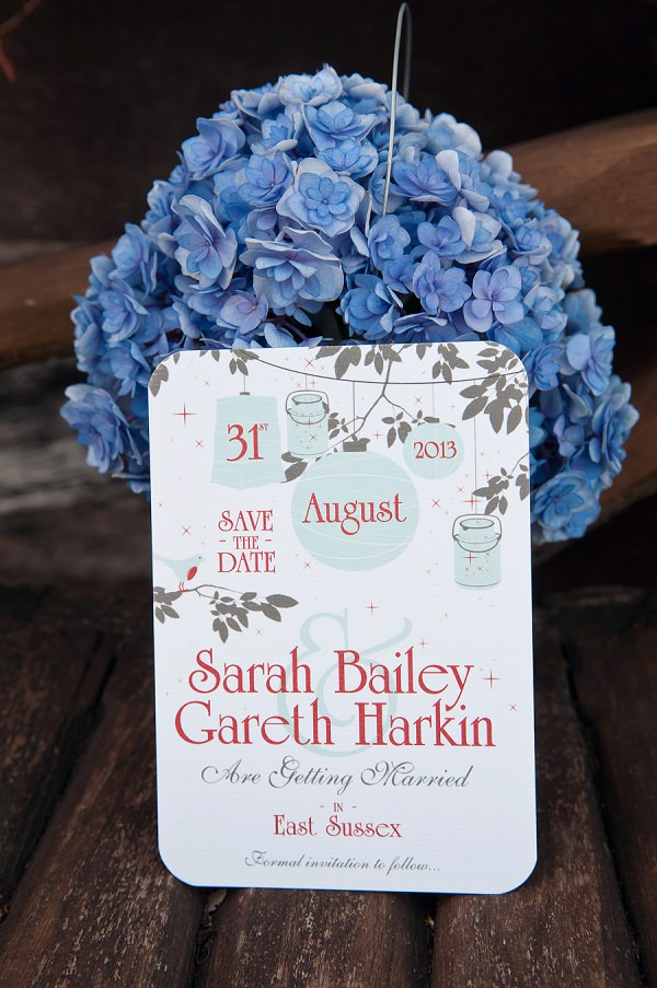 Chic & Relaxed Country Rustic Wedding Save The Date http://www.sarareeve.com/