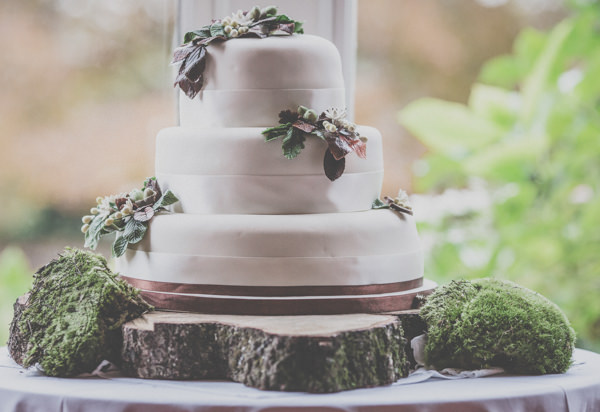 Earthy Cosy Kent Wedding Rustic Cake http://www.katehennessyphotography.com/