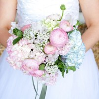 Pastel Spring Wedding Flowers http://www.photographybykatie.co.uk/