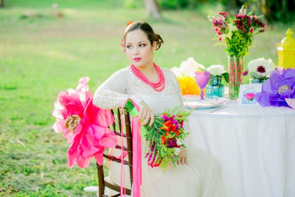 Colourful Neon Spring Paper Wedding Ideas http://www.vanessavelezphotography.com/