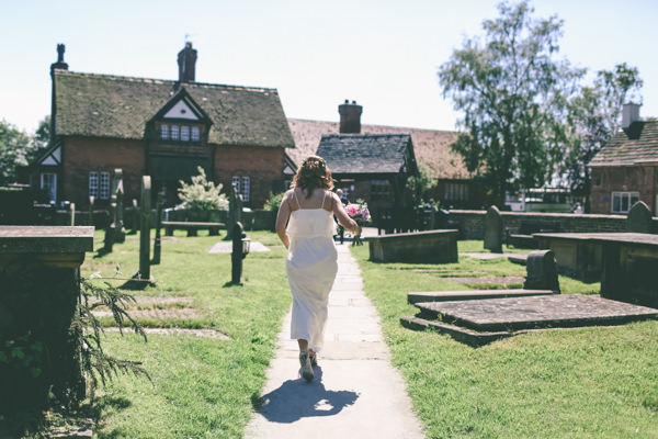 Pretty Floral Country Garden Fete Wedding http://www.emmaboileau.co.uk/