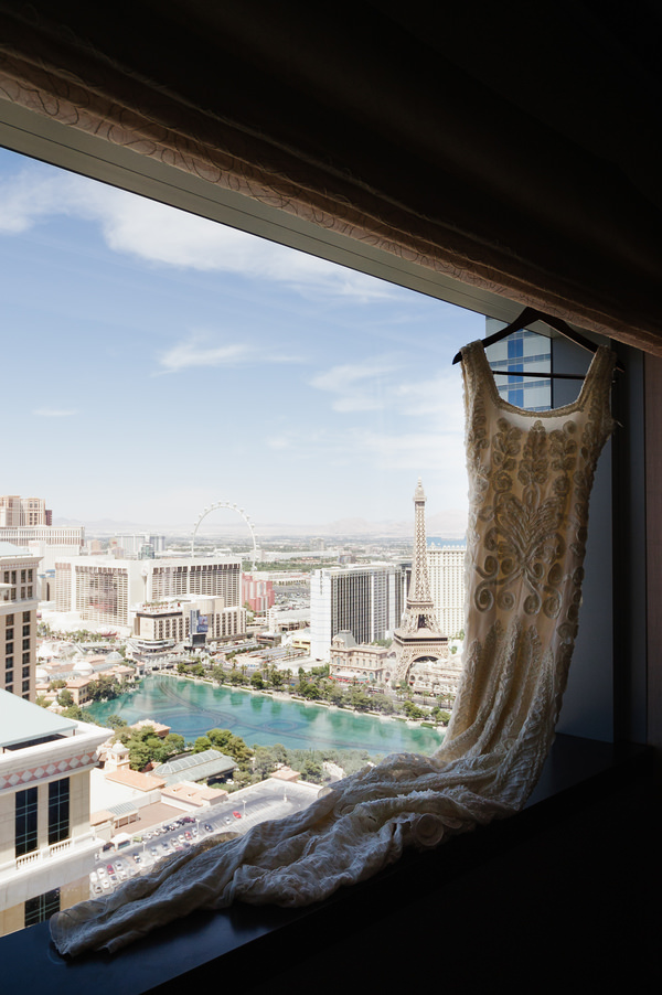 Las Vegas Elopement Phase Eight Dress Bridal http://www.nigeledge.com/
