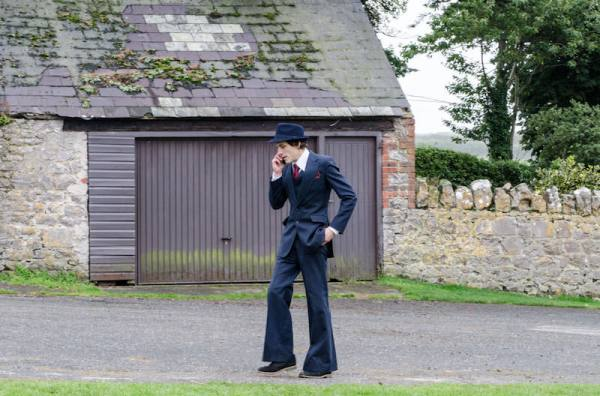 Vintage Retro Groom Suit 1970s Mythical Wales Outdoor Wedding http://www.maireadmchugh.com/