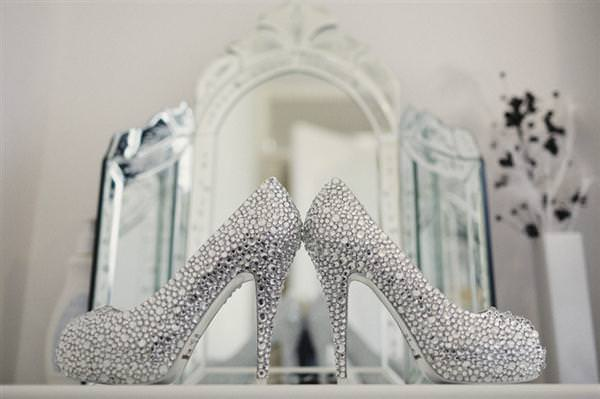 Sparkle Bling Wedding Shoes http://www.naturaltouchphotography.com/