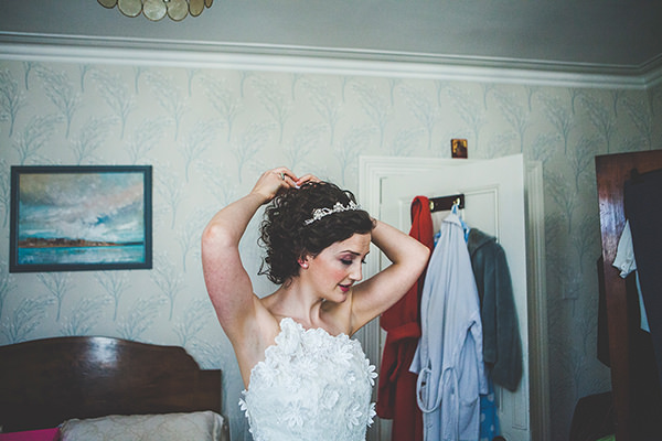 Stylish Summer Ireland Wedding http://www.wrappedinplasticphotography.co.uk/