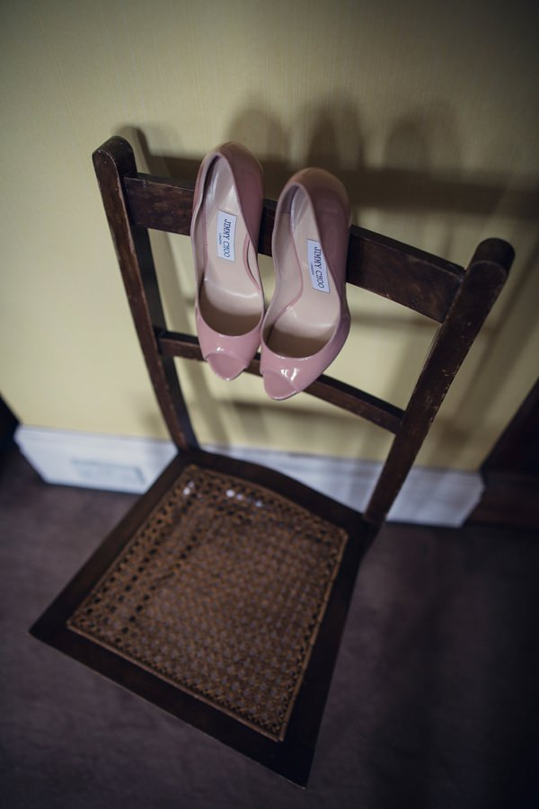 Vintage Glamour Afternoon Tea Wedding Jimmy Choo http://assassynation.co.uk/
