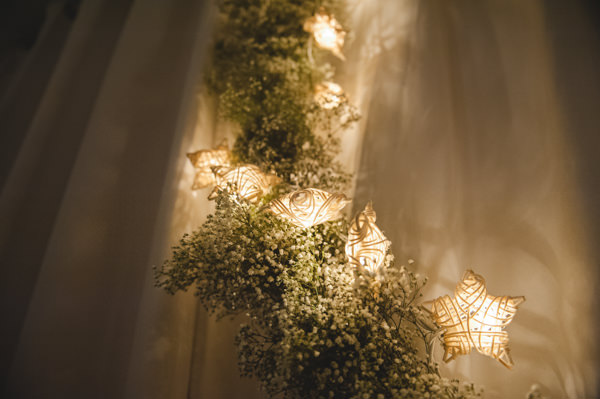 Simple Warm Festive Winter Wedding Star Lights Baby Breath Garland http://mackphotography.co.uk/