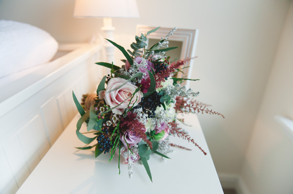 Simple Warm Festive Winter Wedding Fern Rose Bridal Bouquet Winter http://mackphotography.co.uk/