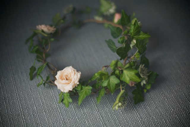 Ivy Rose Flower Crown Garland Pretty Pink Shabby Chic Barn Wedding http://verman.co.uk/