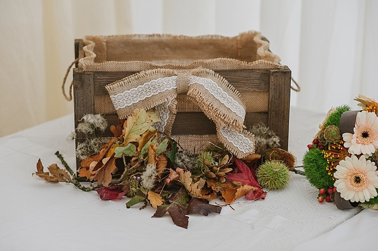 Crate Cards Leaves Relaxed Rustic Autumn Barn Wedding http://karenflowerphotography.com/
