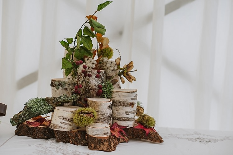 Log Woodsy Decor Centrepiece Relaxed Rustic Autumn Barn Wedding http://karenflowerphotography.com/