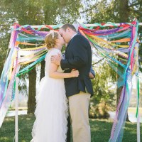 Colourful Outdoor Carnival Oregon Wedding http://www.dawn-photography.com/