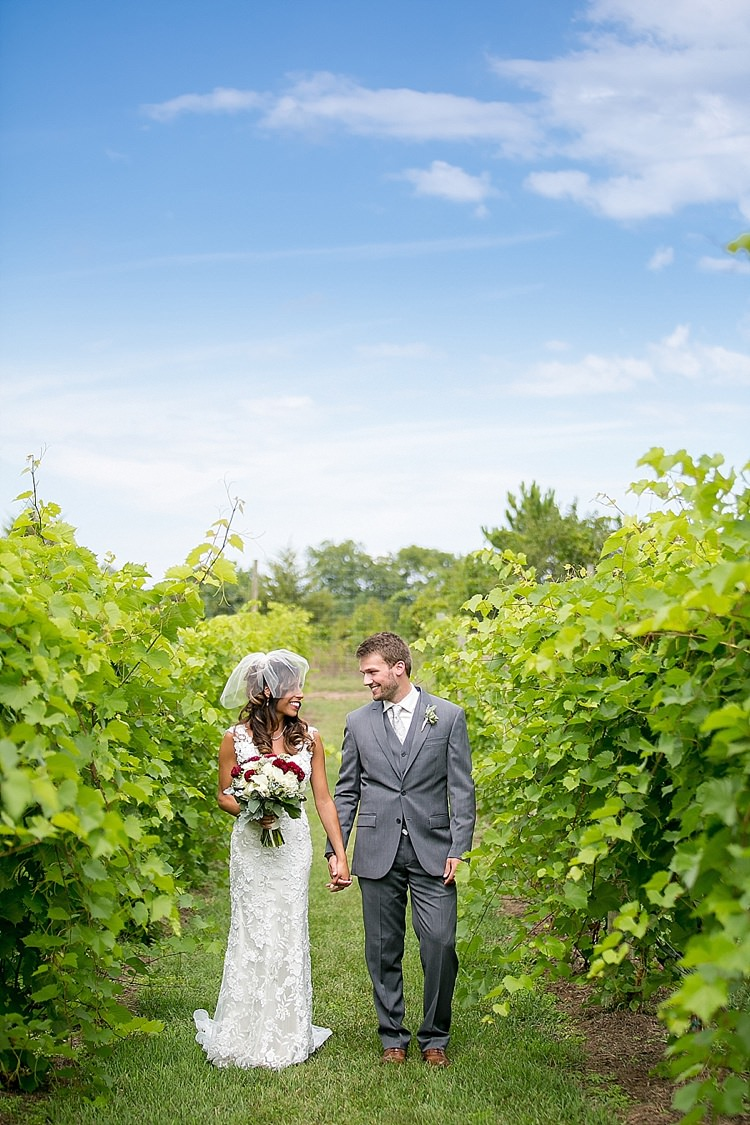 Classic Red Winery Wedding Wisconsin http://www.jeanninemarie.com/