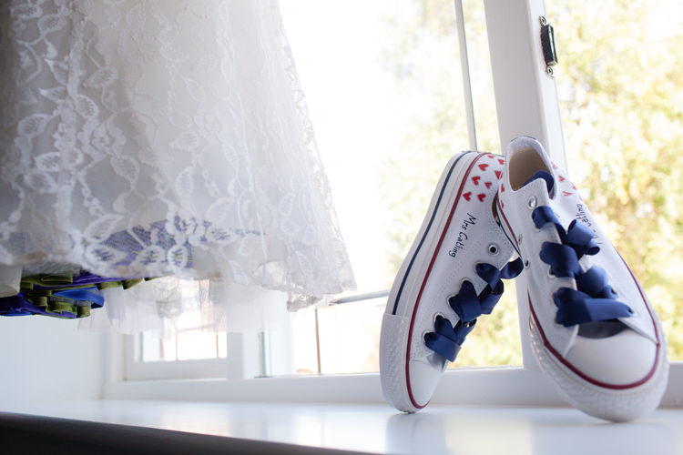 Converse Shoes Bride Bridal Vintage Blue Country Farm Wedding http://kathrynedwardsphotography.com/