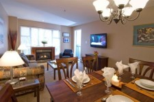 Whistler VRBO Photos of Glacier lodge,2Bed,2Bath,Pool, Hottubs,50m from lift. Wifi.