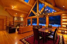 Whistler VRBO Photos of Luxury Log Chalet with Private Hot Tub :: Whistler Creekside