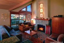 Whistler VRBO Photos of Montebello luxury 3 bdrm private hottub & views