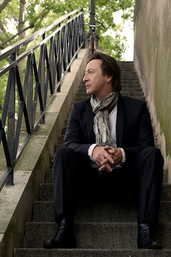 Julian Lennon for the conservation of life