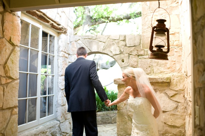 first look, cloudy and chelsea wedding