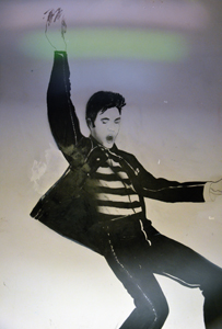 Elvis mural at Phat Headz. (WhooNEW/Zak Bruss)