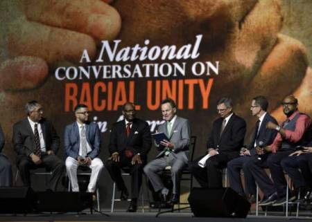 Southern Baptists Officially Condemn Confederate Battle Flag; Multi-Racial Panel Discusses Push for Unity in the Body of Christ